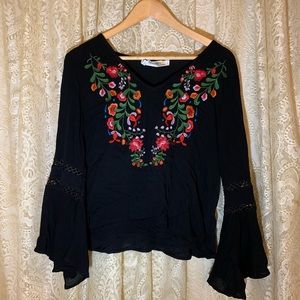 Boho fall blouse bell sleeve colorful embroidery